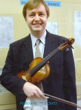 Violinist Pavel Eret after the recital in the Muzeum T.G.M. Rakovník, 2003